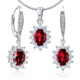 Dárková souprava støíbrných šperkù - náušnice a pøívìsek se syntetickým rubínem