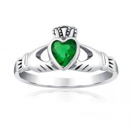 Stшнbrnэ prsten Claddagh se zelenэm zirkonem
