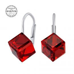 SILVEGO støíbrné náušnice kostky èervené Swarovski® Crystals