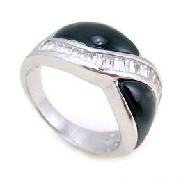 Stшнbrnэ prsten s onyxem a zirkony