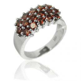Dбmskэ luxusnн prsten s pravэm Granбtem