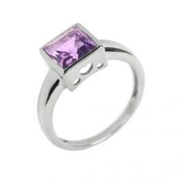 St��brn� prsten s p��rodn�m Ametystem �tverec