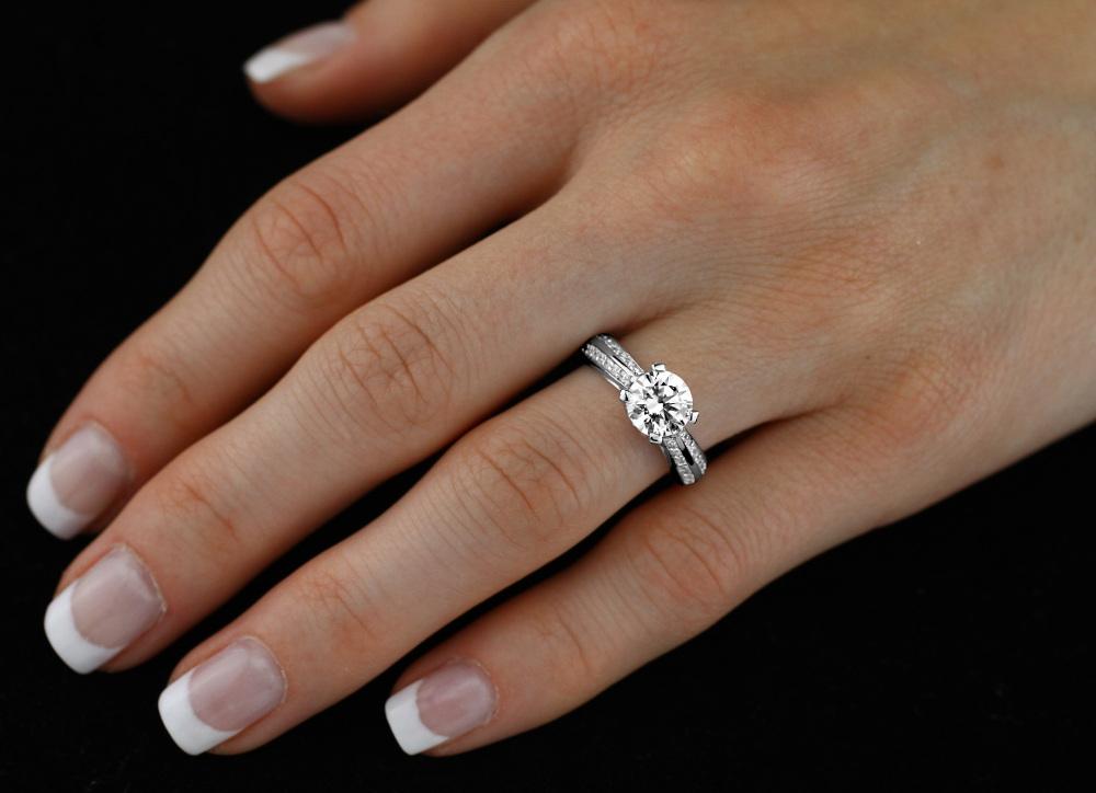 SILVEGO stříbrný prsten PROELIO se Swarovski(R) Crystals - zvětšit obrázek.  Zvětšit obrázek Zvětšit obrázek Zvětšit obrázek Zvětšit obrázek 212f68a8c3e
